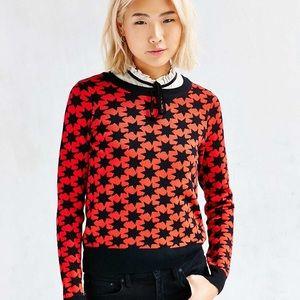 Star pattern crewneck sweater